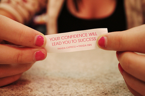 confidence-girl-nails-paper-pink-quote-Favim.com-44040
